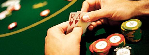 Il est possible de jouer 115 heures d'affilée au poker ?