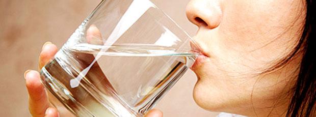 Boire 1,5 litre d'eau par jour est inutile?