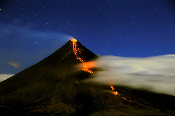 image insolite volcan