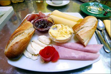 petit-dejeuner-bresilien