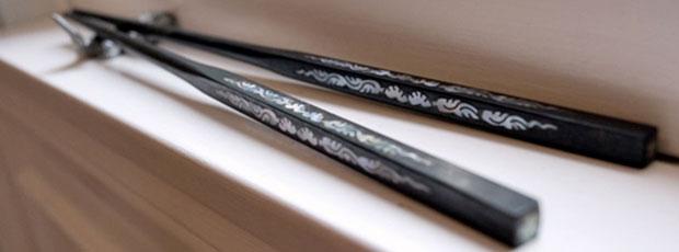 Les chinois ont inventé les baguettes pour ne pas se brûler ?